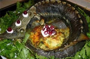 Стерлядь с гратеном из брокколи